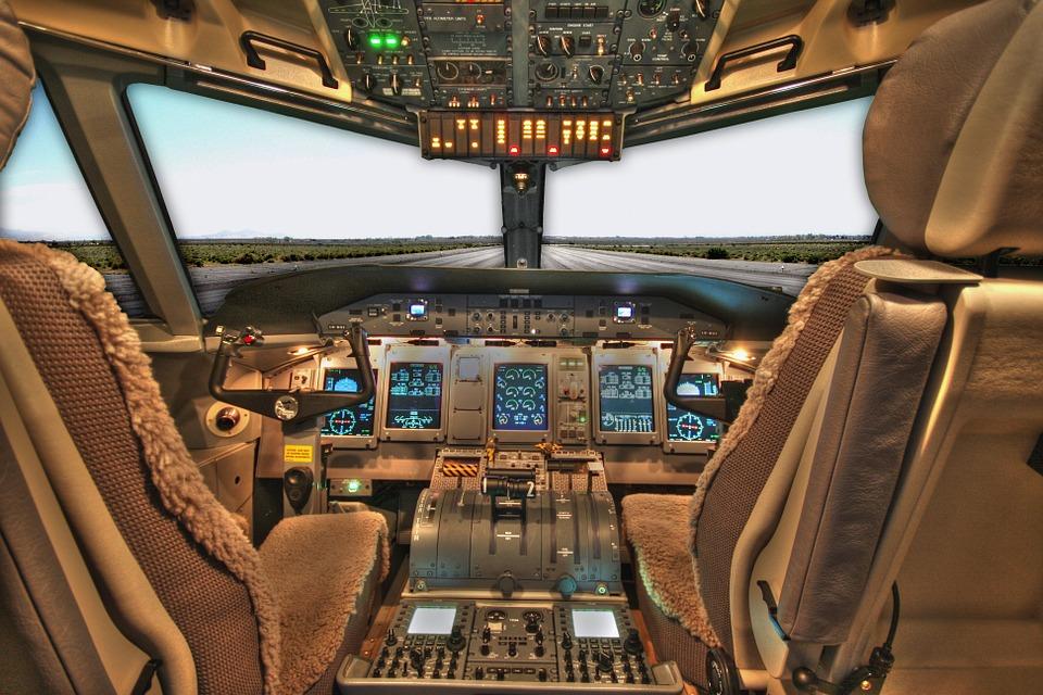 tableau de bord avion et entreprise